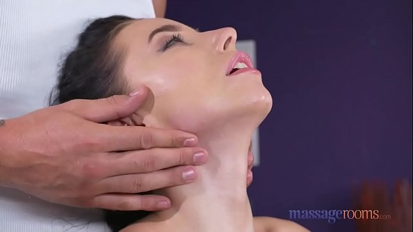 Massage room, Fast, Teen squirt, Squirt orgasm, Teen massage, Massage orgasm