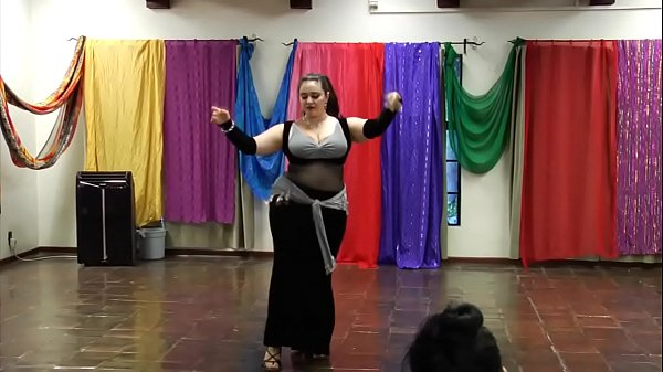 Dance, Belly dance, Moves