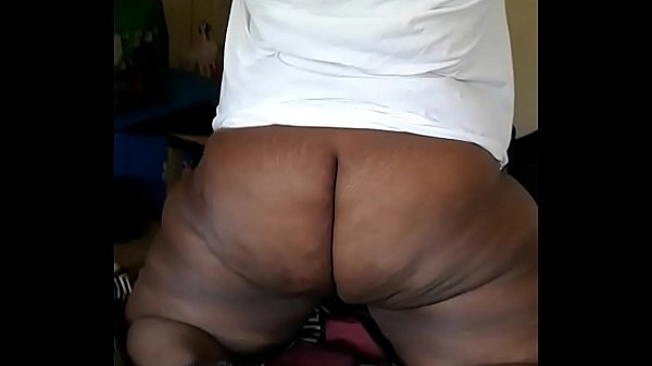 Aunt, Plump, Pussy show, Phat ass, Dee, Pussy ass