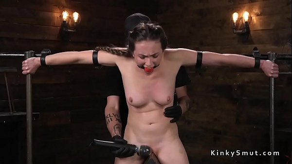 Whip, Wooden, Whipping slave