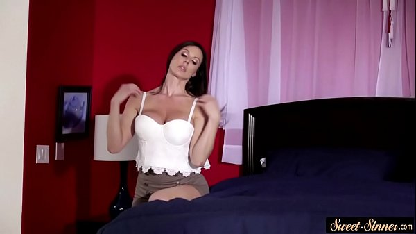 Busty, Milf squirting, Squirting milf, Busty squirt
