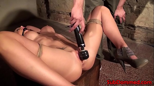 Tattooing, Blonde pussy