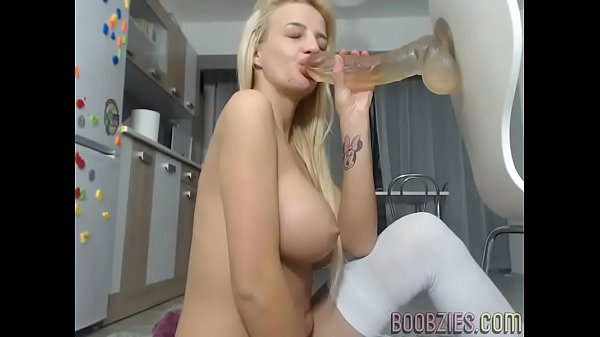 Webcam sex, Pussy liking, Liking pussy