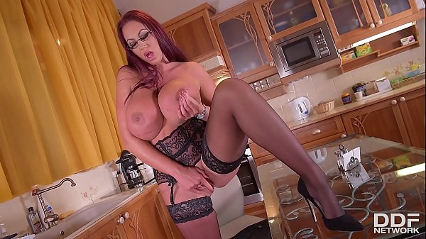 Kitchen, Emma, Emma butt, Kitchen fuck, Fuck in kitchen, The butt