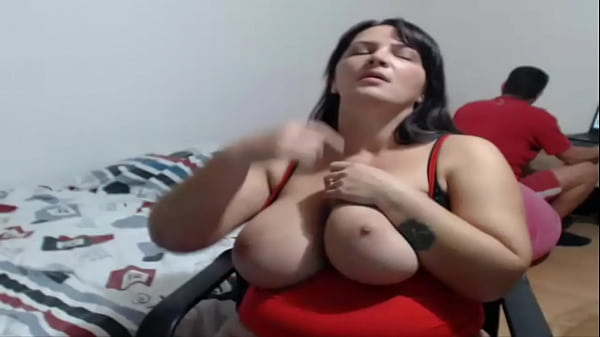 Cleavage, Pussy show, Mature pussy, Mature ass, Mature tits, Sexy pussy