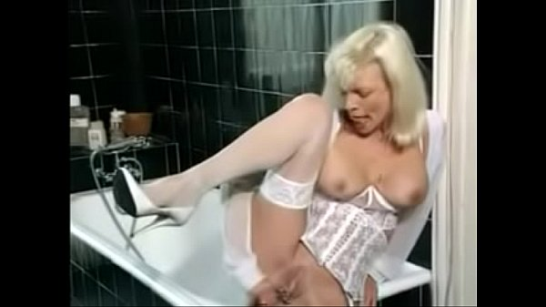 Mom anal, Anal mom, Moms anal, Mom fucking, Hairbrush, Anal moms