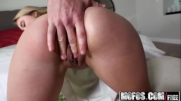 Anal plug, Butt plug, Alyssa, Plugging, Plugged, Michael
