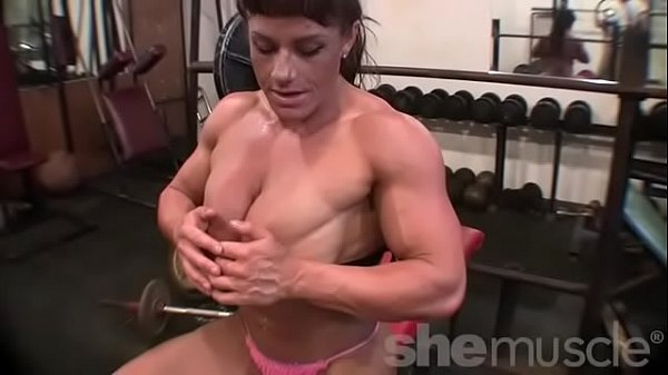 Big tits, Bodybuilder, Bodybuilding, Female bodybuilder, Bodybuilders, In gym
