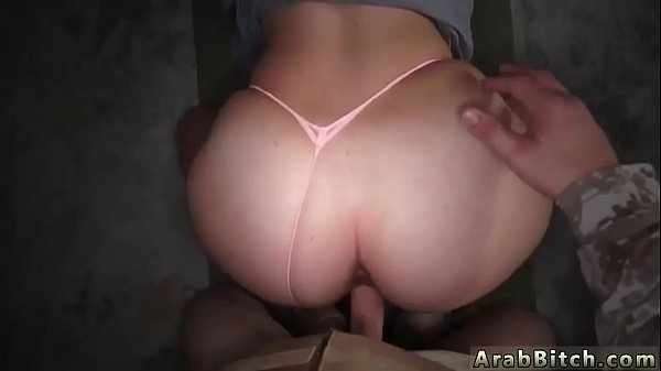 Delivery, Swallowed, Amateur swallow, Emo girl, Delivery girl, Threesome blowjob