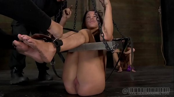 Tied up, Hard tied