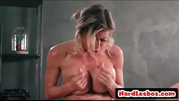 Alexis fawx, Pussy licking, Alexis, Huge boob, Starr, Lesbian pussy licking